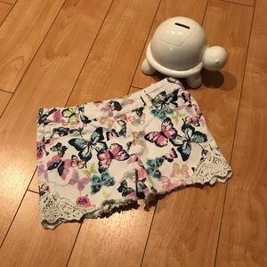 Girls butterfly 🦋 shorts Sz. 10